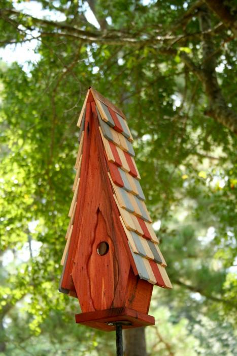 Heartwood High Cotton Bird House, Redwood