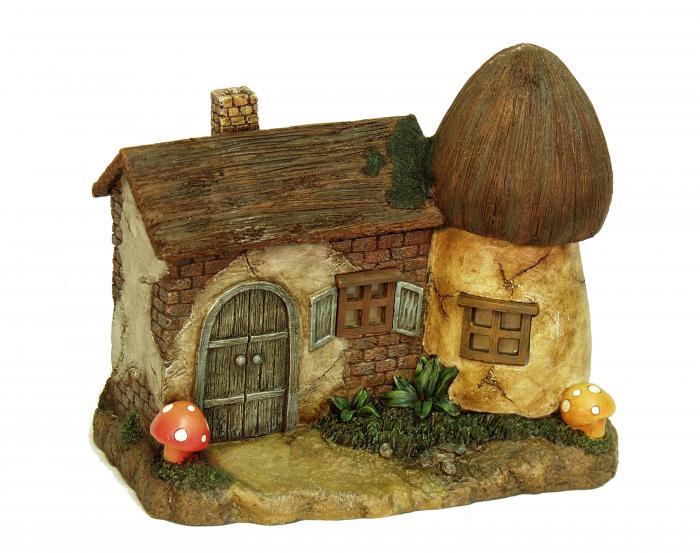 Echo Valley Solar Mushroom Farmhouse