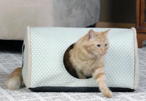 K&H Manufacturing Kitty Camper Indoor Sage Polka Dot 14x20