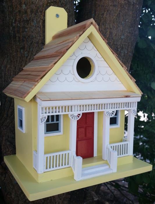 Home Baxzaar Capitola Cottage Birdhouse