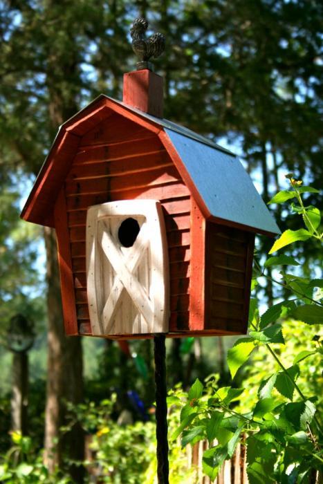 Heartwood Rock City Bird House, Redwood