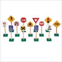 "Guidecraft 7"" Traffic Signs 13 Piece Set"