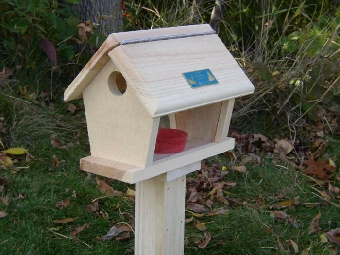 Coveside Conservation Products Bluebird Feeder