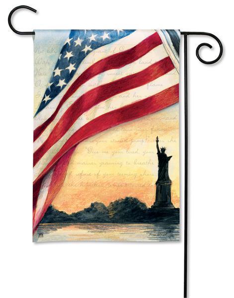 Magnet Works Liberty at Sunset Garden Flag