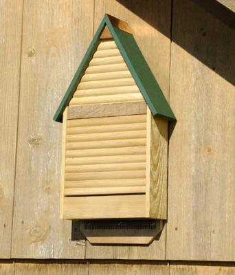 Heartwood Bat Lodge Bat House, Natural with Green Roof