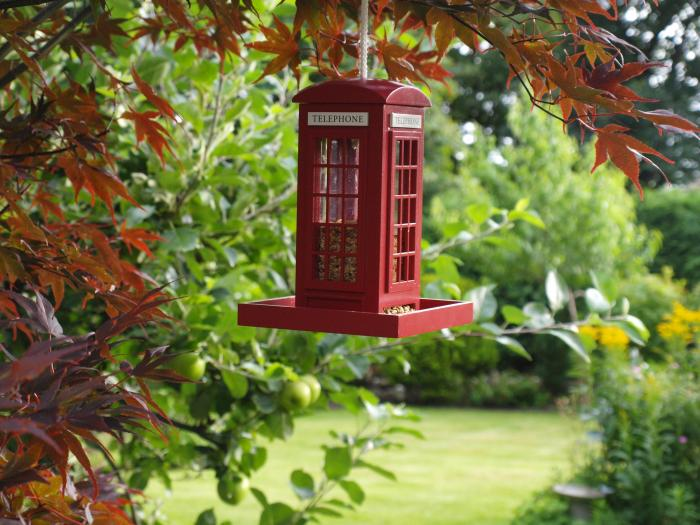 Home Bazaar British Inspired Telephone Booth Bird Feeder