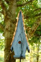 Heartwood High Cotton Bird House, Blue