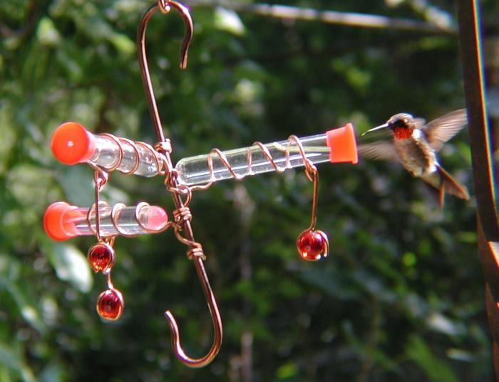 Songbird Essentials Whimsy Three Hummingbird Bird Feeder