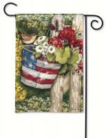 Magnet Works Patriotic Pail Garden Flag