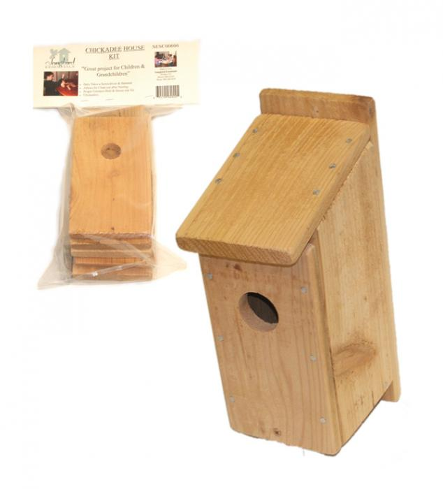 Songbird Essentials Chickadee House Kit