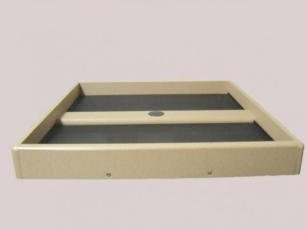 "Bird's Choice Recycled 21"" x 21"" Seed Catcher Platform"