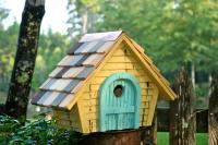Heartwood Prairie Home Bird House, Yellow